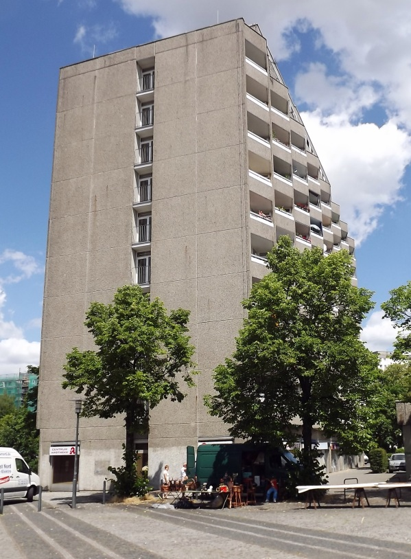 забавные балконы